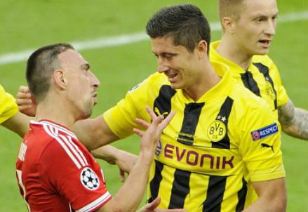 Franck Ribery e Robert Lewandowski (Infophoto)