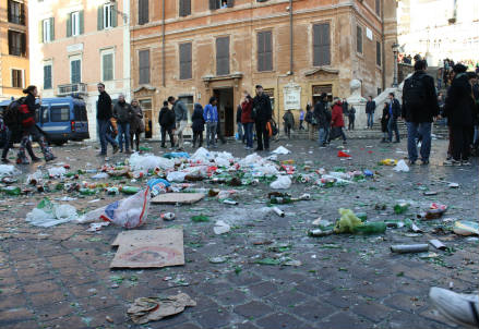 Tifosi del Feyenoord a Roma (Foto Infophoto)