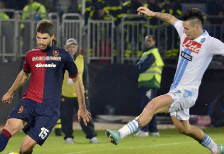 Luca Rossettini ai tempi del Cagliari (Infophoto)