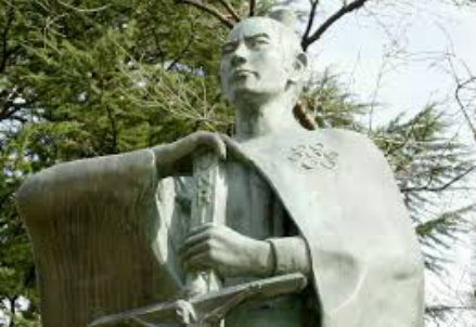 La statua di Ukon Takayama