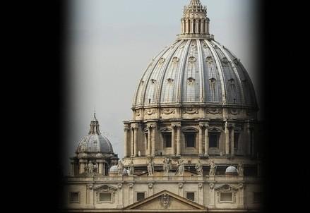 La Basilica di San Pietro (Infophoto)