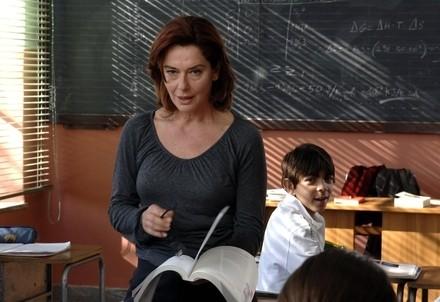 A scuola. Monica Guerritore ne Un giorno perfetto, di F. Özpetek (InfoPhoto)