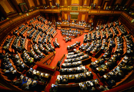 Costituzione riformare non banalizzare for Notizie parlamento italiano