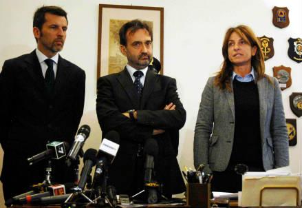 La conferenza stampa in Questura dopo il rapimento (InfoPhoto)