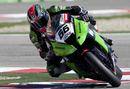 Anche le Superbike al TT 2015 (Infophoto)