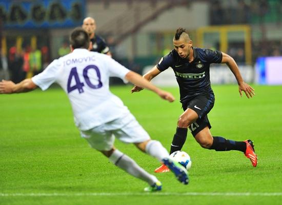 Saphir Taider con la maglia dell'Inter (Infophoto)