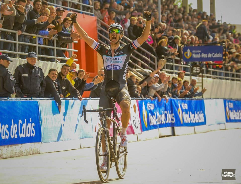 Niki Terpstra vince la Parigi-Roubaix 2014 (da Facebook Paris-Roubaix)