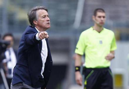 Attilio Tesser, 57 anni, allenatore dell'Avellino (INFOPHOTO)