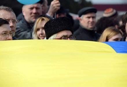 In piazza per l'Ucraina (Infophoto)