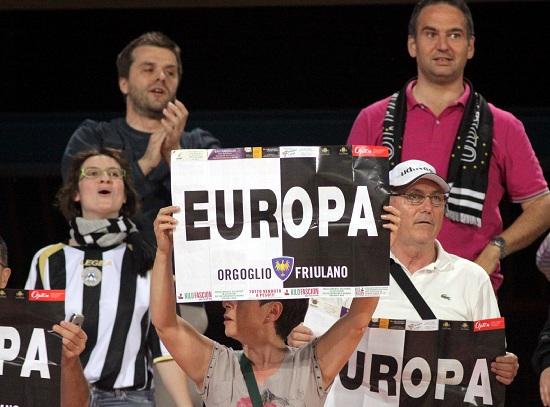 I tifosi dell'Udinese ci credono: il sogno Champions può diventare realtà (INFOPHOTO)