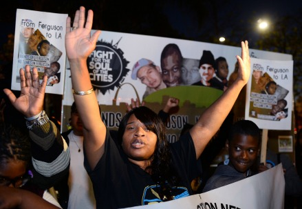 Proteste a Ferguson, Missouri (Infophoto)