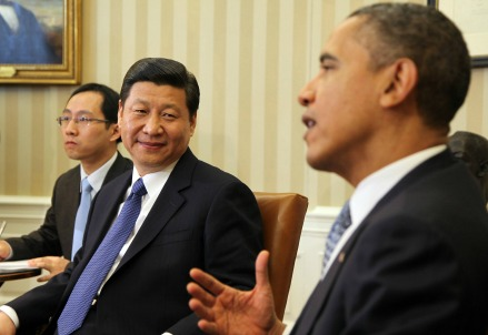 Il presidente cinese Xi Jinping con Barack Obama (D) (Infophoto)
