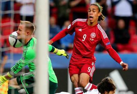 Yussuf Poulsen, 22 anni, attaccante della Danimarca (dall'account Twitter ufficiale @UEFAUnder21)