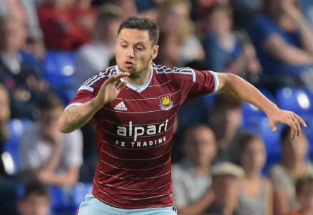 Mauro Zarate, 27 anni, nuovo acquisto del West Ham (dall'account Twitter ufficiale @whufc_official)