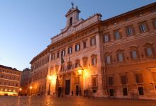 Montecitorio-esternonotte_FN1.jpg