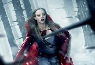 Una scena del film Cappuccetto Rosso sangue