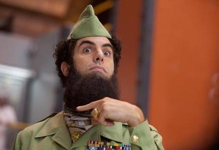 Una scena del film Il dittatore