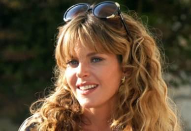 Elisabetta Pellini è Laura Sommariva in Le tre rose di Eva