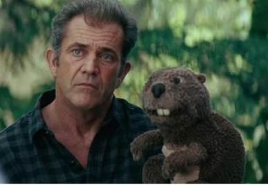 Mel Gibson in una scena di Mr Beaver