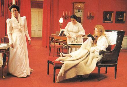 CANNES 2013/ Sussurri e grida, il film di Bergman che da 40 anni fa a pezzi la critica