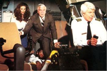 Una scena del film L'aereo più pazzo del mondo