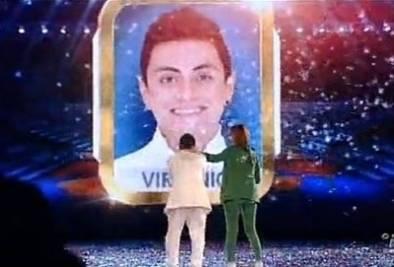 Virginio Simonelli vince il talent show per il canto
