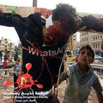 L'uomo crocifisso a Raqqua