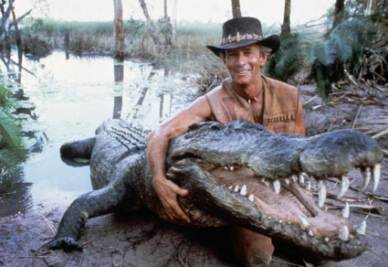 Paul Hogan nei panni di Mr. Crocodile Dundee