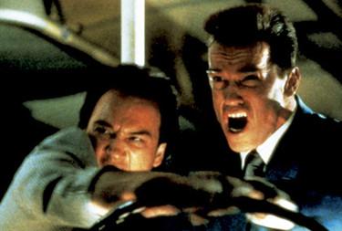 John Belushi e Arnold Schwarzenegger in Danko