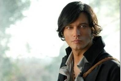 Gabriel Garko è Rocco
