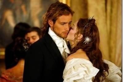 Giulio e Isabella in una scena della fiction
