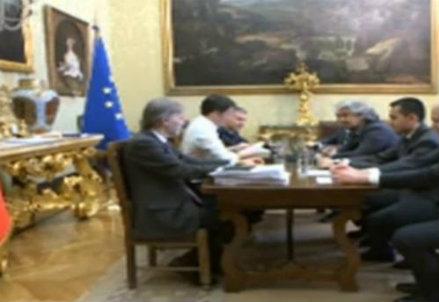 Lo streaming Renzi-Grillo