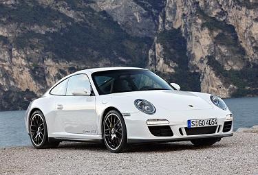 Porsche 911 Carrera GTS.jpg