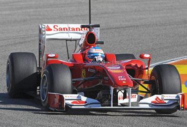 Alonso%20dopo%20Valencia_R375.jpg