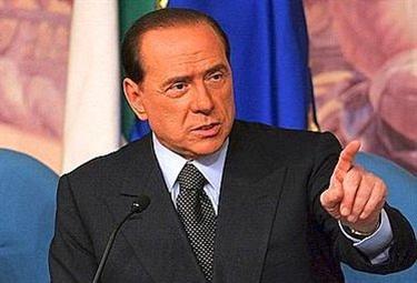 BerlusconiConferenza_R375.jpg