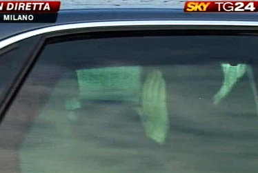 BerlusconiOspedale_R375.jpg