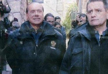 BerlusconiSenzaBende_R375.JPG