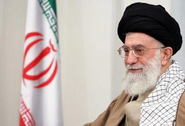 Khamenei_ayatollahR375_16set08.jpg