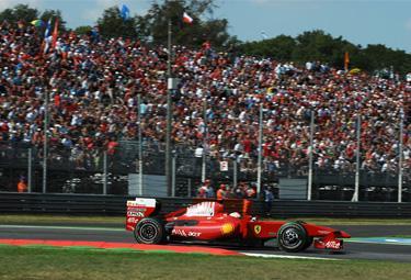 Monza%20pubblico_R375.jpg