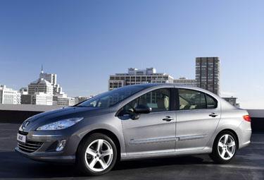 Peugeot%20408_R375.jpg