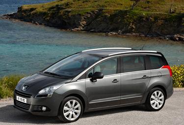 Peugeot%205008_R375.jpg
