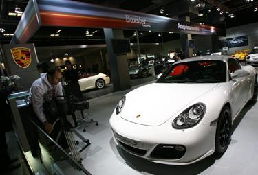 Porsche Cayman_R375.jpg