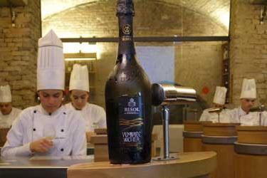 """Il prosecco e la cucina trevigiana del ristorante didattico """"ALLA TORRE"""""""