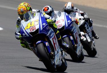 Rossi e Lorenzo Le Mans_R375.jpg