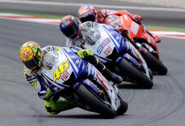 Rossi,%20Lorenzo%20e%20Stoner_R375.jpg