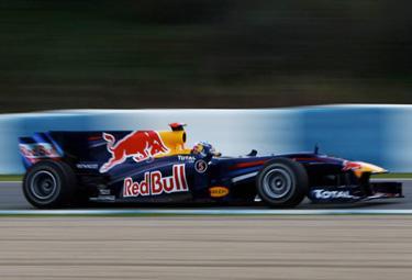 Vettel%20Red%20Bull%20jerez_R375.jpg