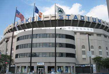 Yankee_stadium_R375_23set08.jpg