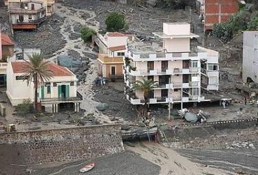 DIARIO DA L'AQUILA/ Quel senso del dolore che avvicina L'Aquila e Messina