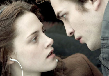 newmoon_bella-edwardR375_25mag09.jpg