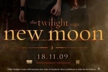 newmoon_poster-itaR375.jpg